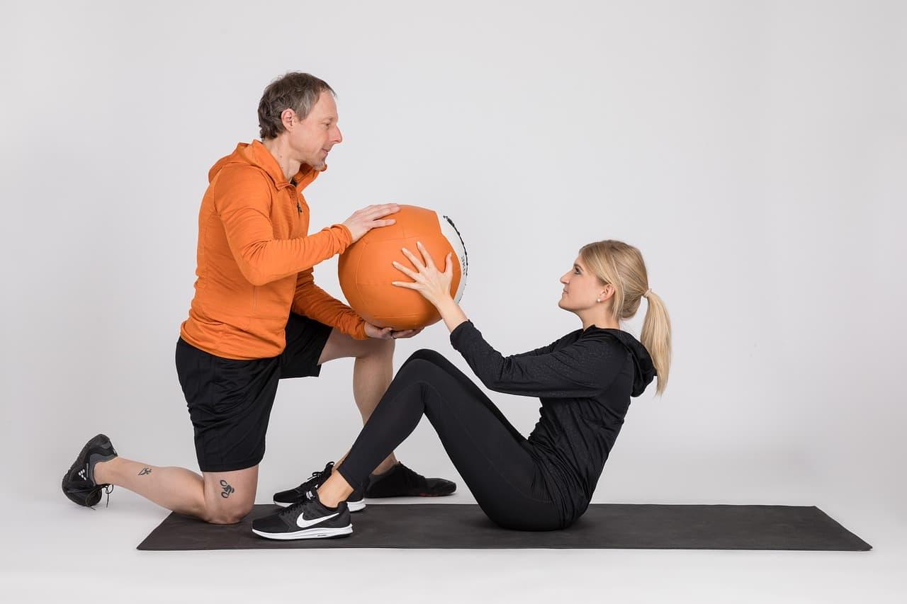 hacer ejercicio levantar pesas