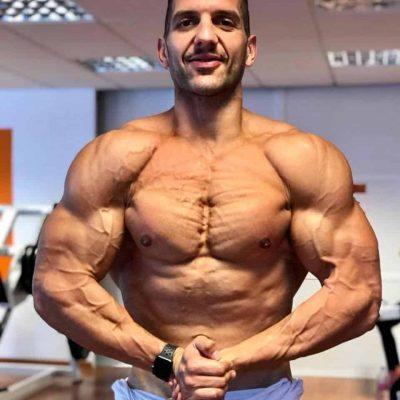 JAUME JOAN HULK pesos pesados entrenamiento con pesas WNBF COMPETIDOR
